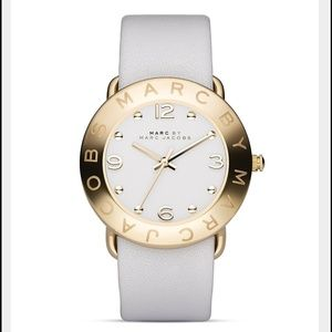 Marc Jacobs Accessories - ♦️Final Marc Jacobs White Gold Leather Strap Watch