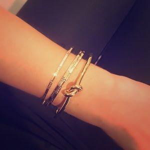Nordstrom Jewelry - 24kt Gold Plated Twist Knot Bracelet 😍