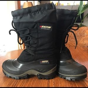 Baffin Shoes - Baffin Technology Black Snow Boots..Size 7