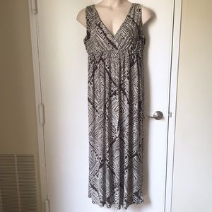 Style & Co Dresses & Skirts - Style & Co. Brown & Cream Tribal Print Maxi Dress