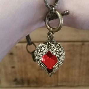 Jewelry - Antiqued gold heart charm bracelet