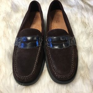 Limited Edition Weejuns Bass Suede Leather Loafers