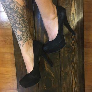 Zigi Soho Shoes - Faux Suede Black Pumps