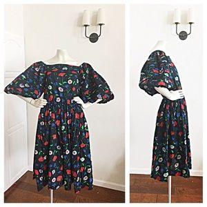 HOST PICKVintage Black Floral Dress