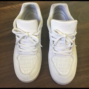 Nike Other - Low top Nike sneakers