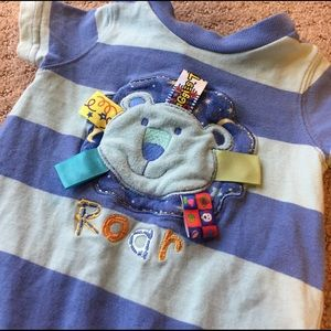 Taggies Other - Taggies striped roar lion one piece for summer☀️