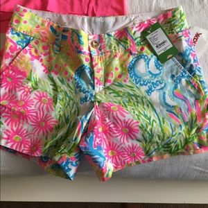 NWT Lilly pulitzer Callahan shorts in lovers coral