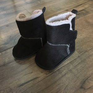 New black baby booties