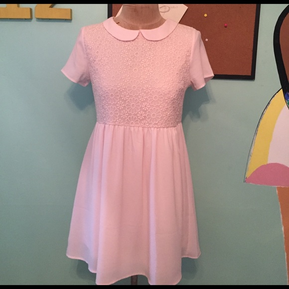 01b8227b4a Forever 21 Dresses   Skirts - Light Pink Peter Pan Collar Babydoll Dress!