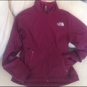The North Face Jackets & Blazers - North Face maroon jacket