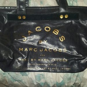 Marc by Marc Jacobs Handbags - Marc Jacob's tote with zip top
