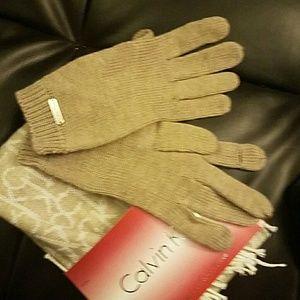 6f6666da9d3 Calvin Klein Accessories - NWT Calvin Klein Scarf   gloves set