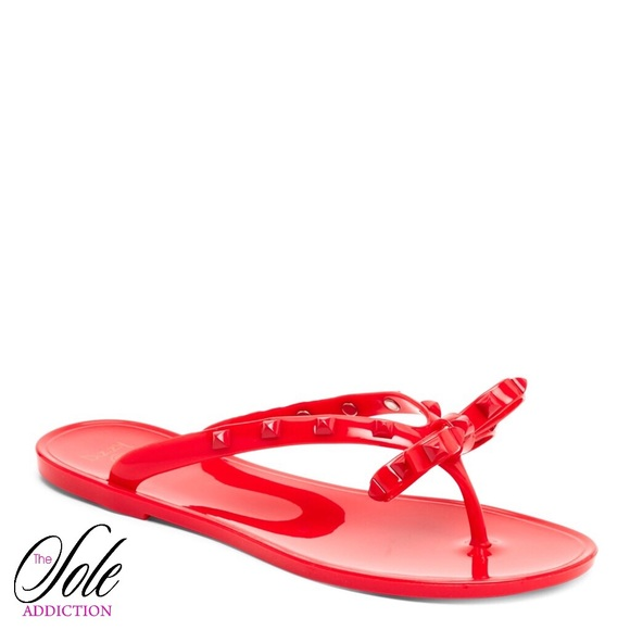 eeccb764549193 Red Rivet Studded Flip Flop