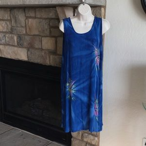 Dresses & Skirts - Fun summer dress or coverup