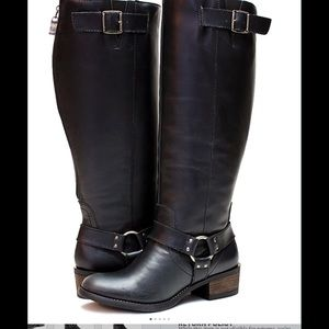 Black Alamo extra wide-calf leather boots