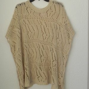 Romeo & Juliet Couture Sweaters - PLUS 🎉Host Pick🎉 Poncho Sweater