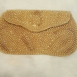 Vintage Handbags - VTG CREAM SEED BEAD SMALL CLUTCH