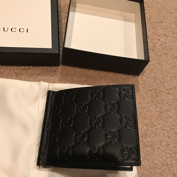 442d680031853 Gucci men s signature money clip wallet