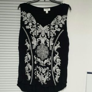 Dress Barn Tops - Black and white tank top with strings