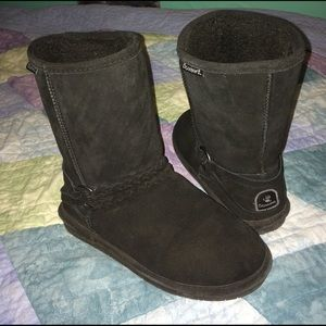 BearPaw Shoes - Great condition!!