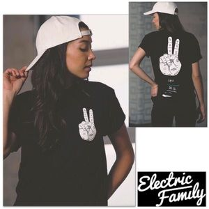 Electric Family Tops - ✌🏼❤🌈🦄 New! PEACE UP tee 🆕