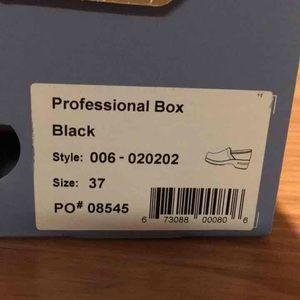 Dansko Shoes - dansko black nursing shoes