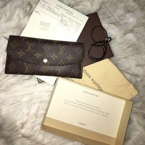 Louis Vuitton Handbags - ✨Louis Vuitton Limited Edition Rose Nacre Wallet