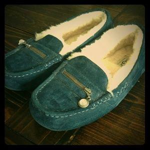 Ugg Australia Ansley Charm Slipper Shoes size 7