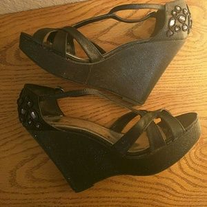 Sbicca Shoes - ❤ Woman's Black platform size 10