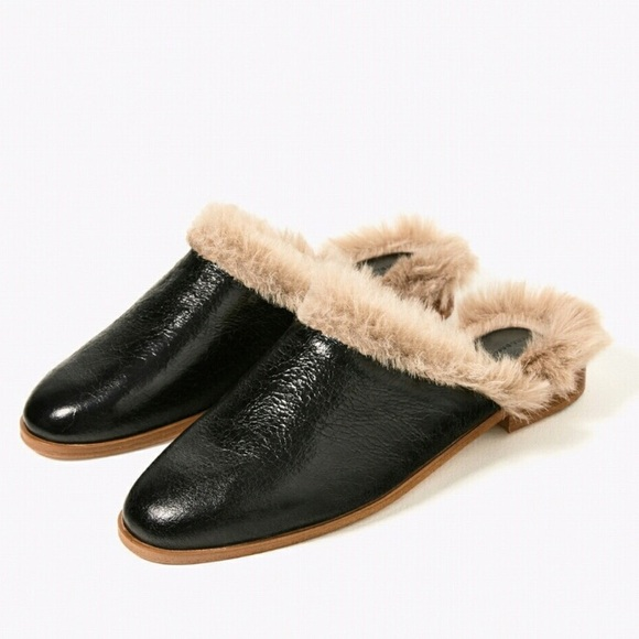 f2619047f5c Zara 100% Black Leather Faux Fur Mules Slides 41. M 58bf7bc05a49d0d853012c0f