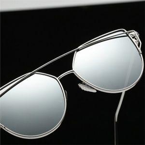 Quay Australia Accessories - Last 1️⃣ Polarized Grey/silver Cat Sunglasses