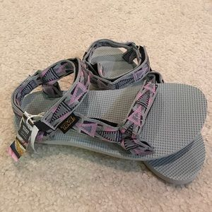 Teva Shoes - No Offers!!! Brand new Teva sporty sandals