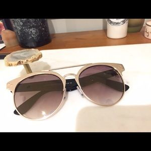 Ruby and Jenna boutique sunglasses! Worn once!