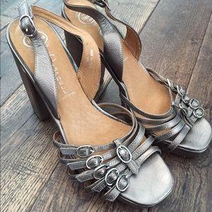 Jeffrey Campbell chunky heel sandal platinum