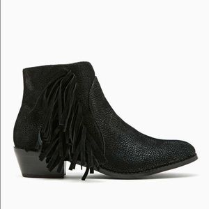 Shoe Cult Barletta Fringe Boot - Black, Size 6