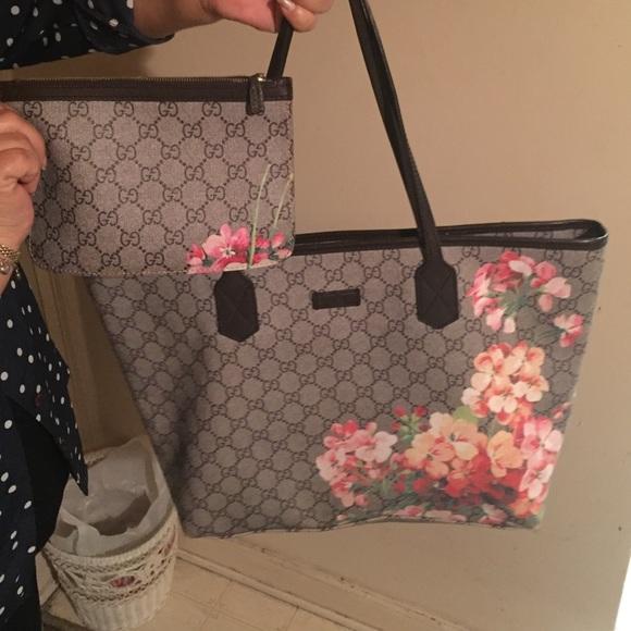 406f4923ce6c2b Gucci Bags | Gg Blooms Tote | Poshmark