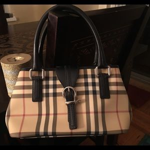 Burberry Handbags - Burberry handbag AUTHENTIC. EXCELLENT condition