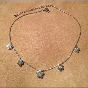 Lia Sophia Jewelry - LIA SOPHIA 🌸 RHINESTONE FLOWER CHOKER NECKLACE