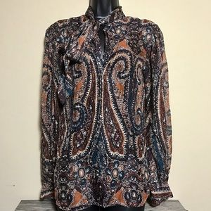 L'agence % silk paisley side collar tie blouse