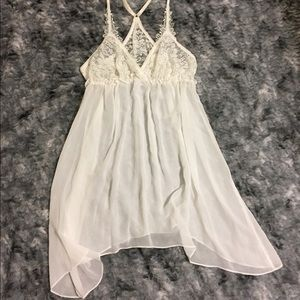 Intimo Other - NWOT White Lace Chemise
