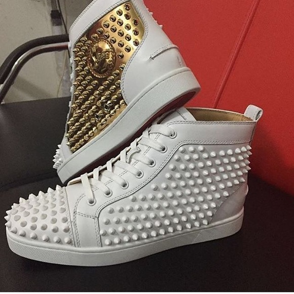 huge discount 8f7b8 62385 White and Gold Christian Louboutin With Spikes NWT
