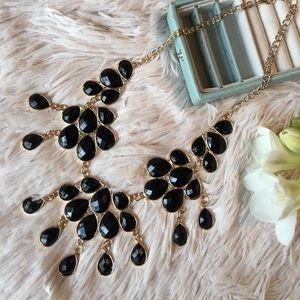 • Glam Vibes • Black gem + gold statement necklace
