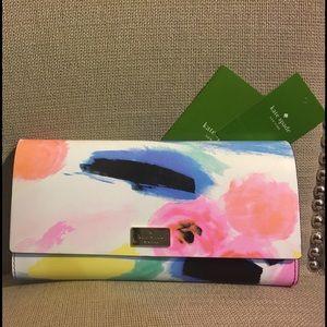 "kate spade Handbags - 👩🏽🎨KATE SPADE ""PIM"" clutch purse wallet"
