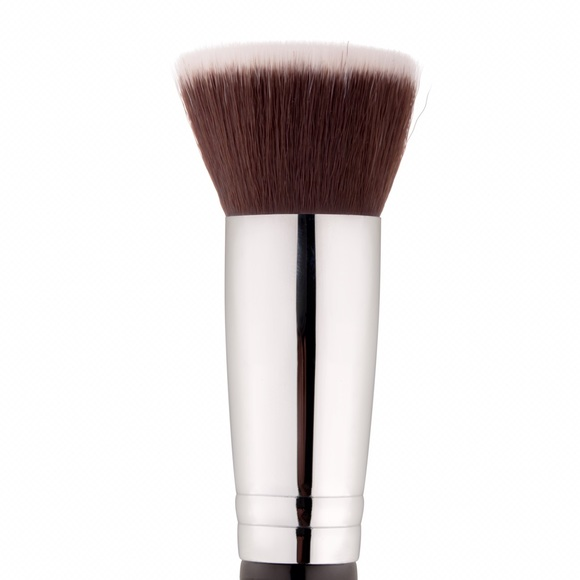 MintPear Flat Top Kabuki Foundation Brush