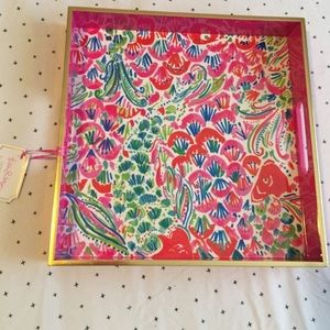 Lilly Pulitzer Other - Lacqer tray in I'm so Hooked