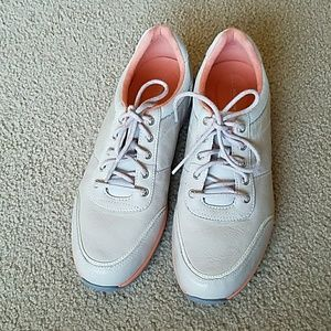 Rockport sneakers size 8