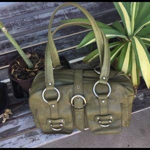 Kenneth Cole Handbags - Kenneth Cole green leather bag 🌷🌷🌷