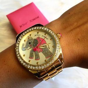 Betsey Johnson Accessories - 🐘 Adorable Betsey Johnson Elephant Watch