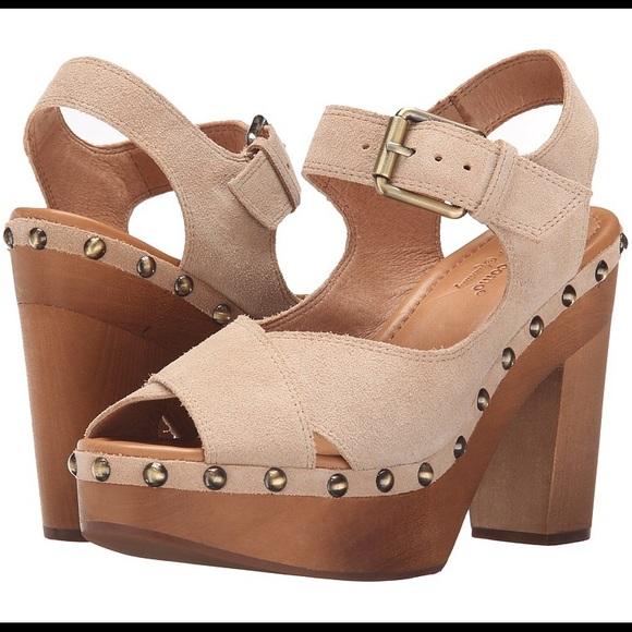aba7e87c1f Corso Como Shoes | Nola Platform Sandal In Nude | Poshmark