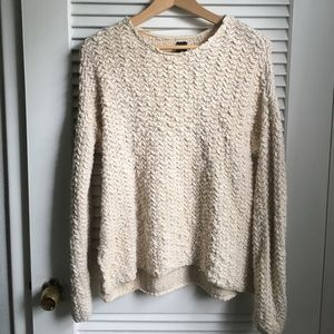 Sweaters - Chunky pull over sweater